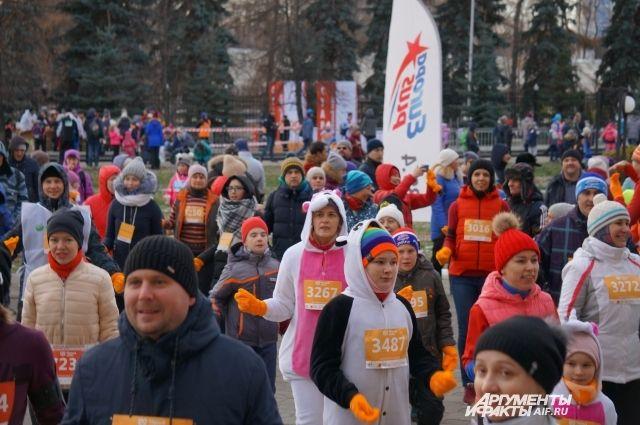 Участием в «Тёплом забеге» пермяки заочно помогли тяжелобольным детям.