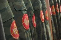 Нужна ли современному мужчине служба в армии?