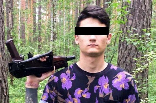 Вымогатели вывезли пострадавшего в лес и угрожали ему автоматом.