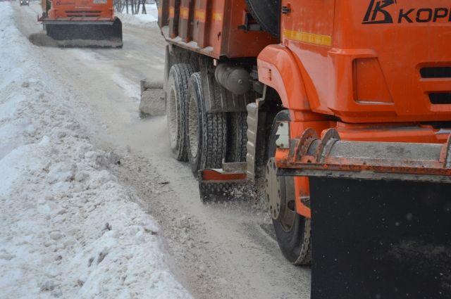 Уборка тротуаров и дворовых проездов от наледи – задача первостепенной важности