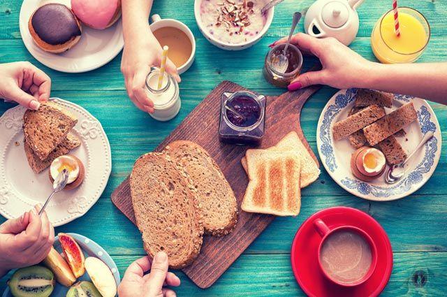 Полезные завтраки: 25 утренних рецептов
