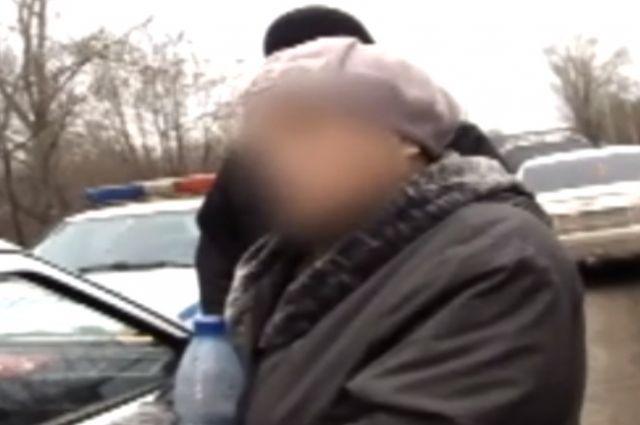 Женщина не подозревала, что в пакете, который передал ей внук перед задержанием, могут быть наркотики.