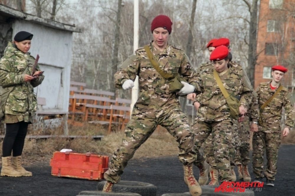 Ребята прошли маршрут военизированной эстафеты.