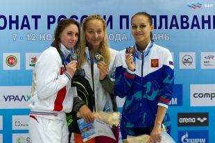 Анна Егорова из Калининграда выиграла три медали чемпионата РФ по плаванию.