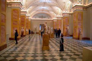 Министр культуры Италии примет участие в международном форуме в Санкт-Петербурге