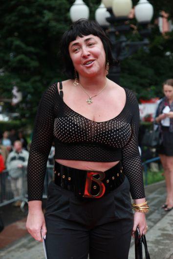 Певица Лолита Милявская перед премьерой фильма «Секс в большом городе-2», 2010 год.