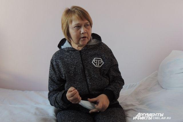 Светлана Попова в больничной палате.