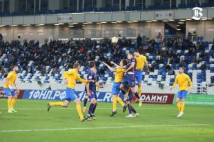 «Балтика» в домашнем матче всухую проиграла «Лучу» из Владивостока.