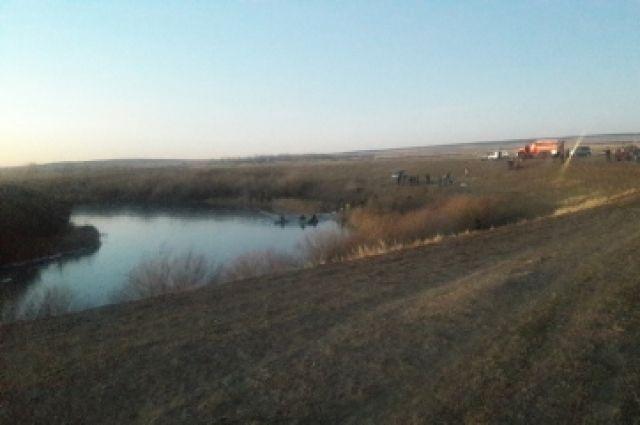В Первомайском районе возбужденно дело из-за гибели школьников в реке.