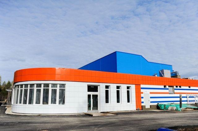 Плавательный бассейн в Кировском районе Перми по адресу улица Сысольская, 10/5.