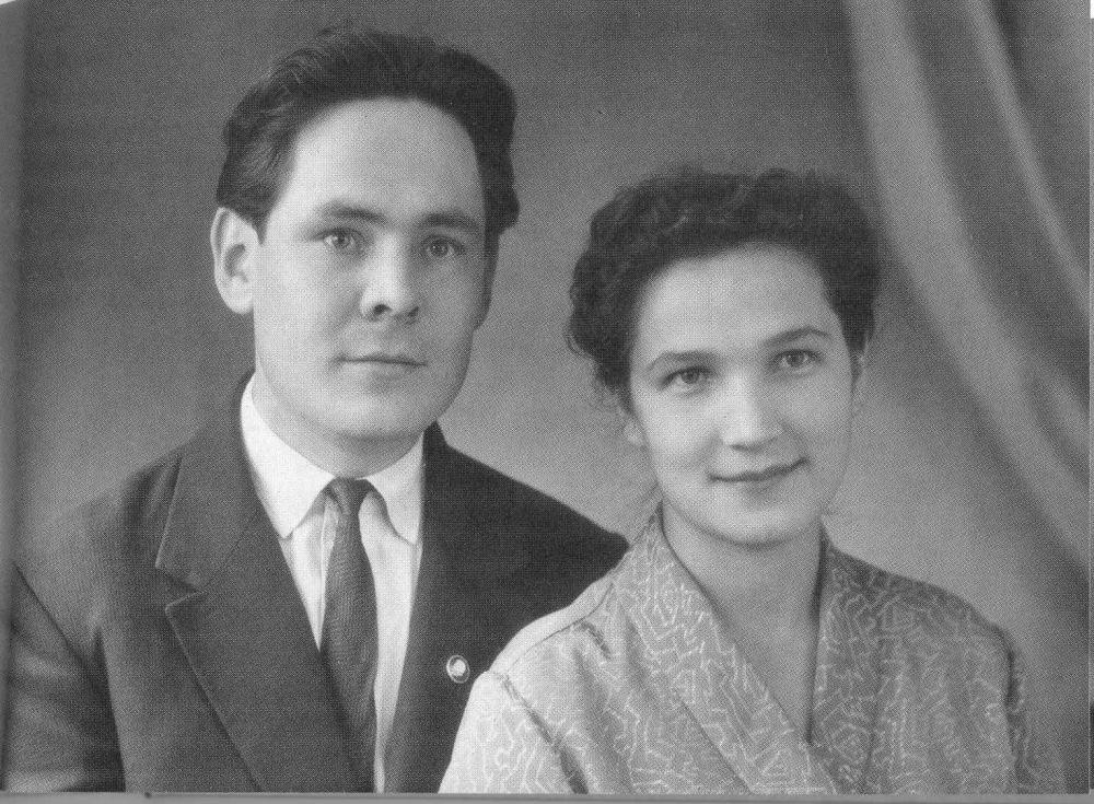 Сакина Шакировна и Минтимер Шарипович Шаймиевы в молодости.