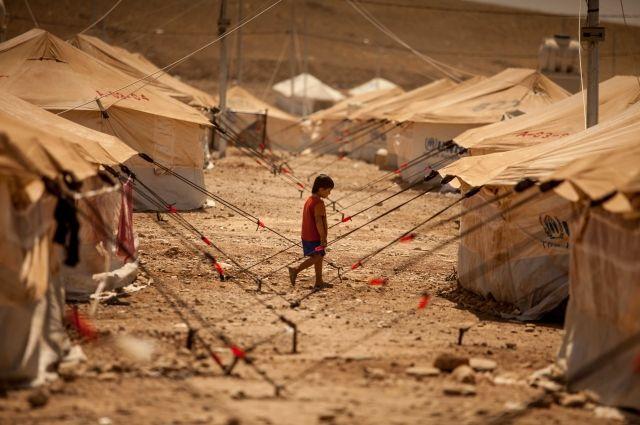 Боевики оставляют беженцев в «Эр-Рукбане» без гумпомощи
