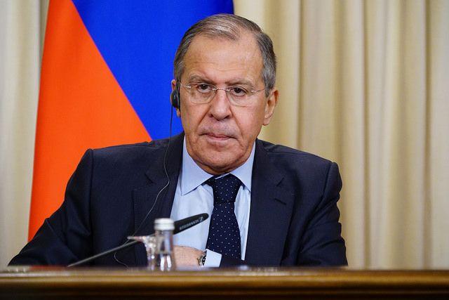 Лавров обвинил США в попытке сдержать социально-экономическое развитие РФ