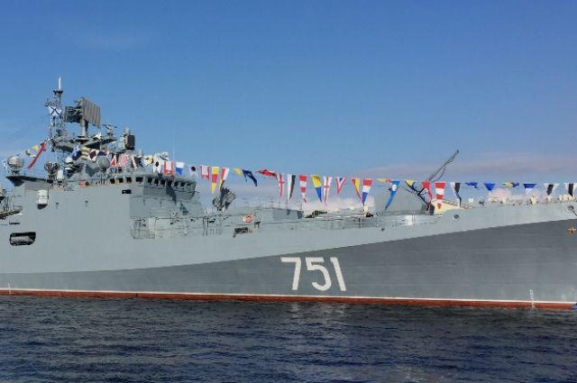 Российские фрегаты отработали противолодочные маневры в Средиземном море