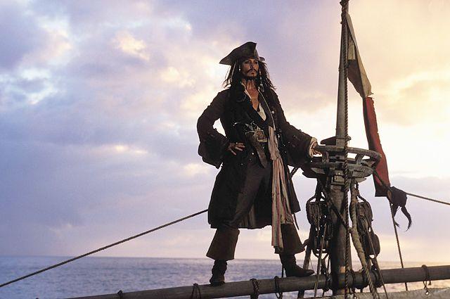 Джонни Деппа в«Пиратах Карибского моря» могут заменить дамой