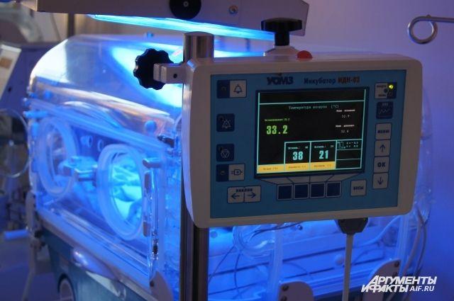 Некоторые эксперты полагают, что у новорожденного было немного шансов выжить.