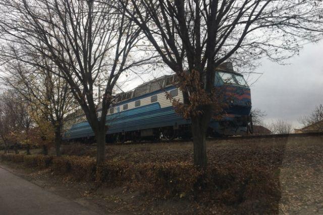 Стало плохо посреди железной дороги: в Мукачево мужчина попал под поезд