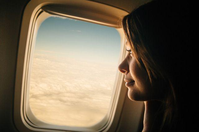 Правда ли, что в самолёте волосы растут вдвое быстрее?