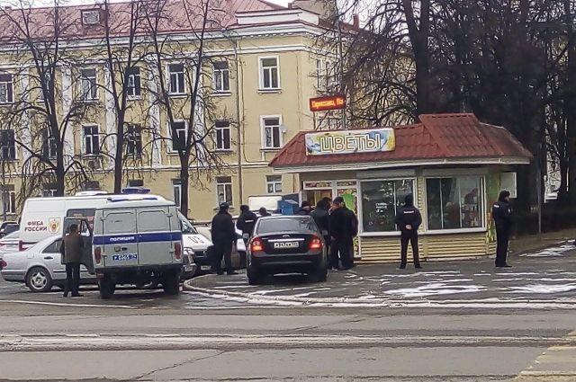 ВОзерске супруга имуж найдены убитыми вцветочном магазине