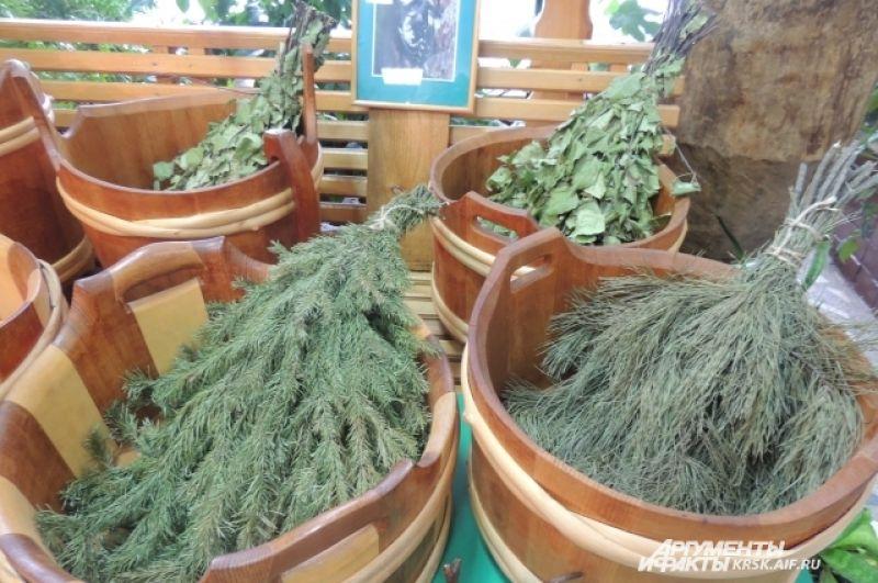 Банные веники из сибирских деревьев.