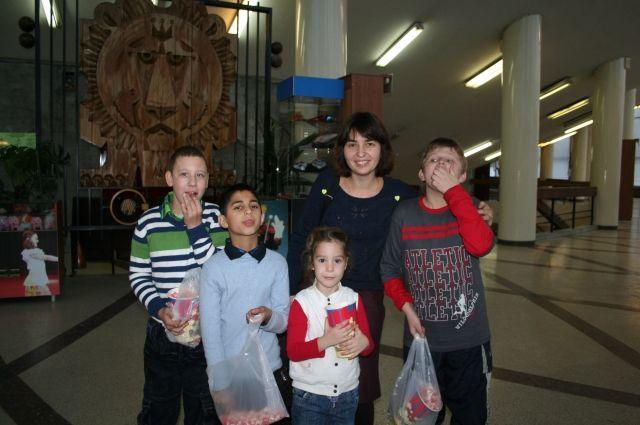 Антонина Зайкова работает с особыми детьми и их родителями.