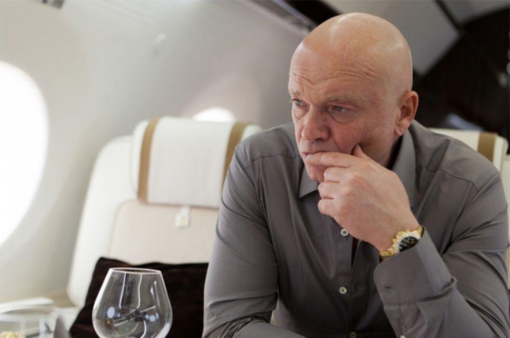 «Родина» (2015) — бизнесмен Игорь Михайлович, отец Евы.