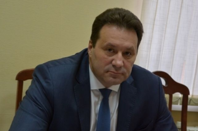 Еще 10: свои заявки на выборы мэра Оренбурга подали Николаев и Чуфистов