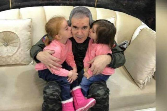 Зияд Сабсаби освободил несколько десятков детей.