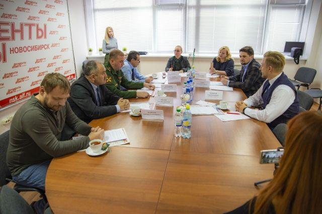 Эксперты обсудили службу в армии РФ.