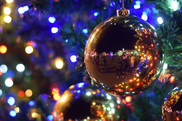 Оценивать будут и новогоднее оформление, и обслуживание клиентов.