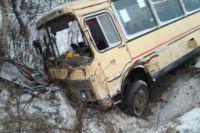 Семь пассажиров автобуса № 54 пострадали в ДТП в Кирове.