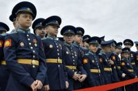 Кадеты Тюменского училища отправили более 400 поздравлений своим матерям