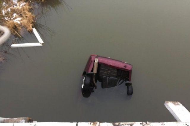 В результате ДТП погибли двое пассажиров.