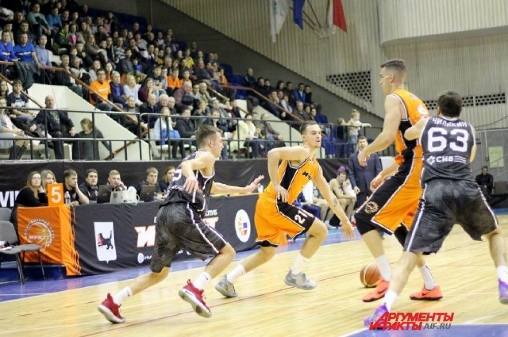 К большому перерыву баскетболисты «Иркута» уступали 12 очков – 29:41.
