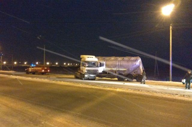 41-летний мужчина за рулём Mercedes в аварии не пострадал.