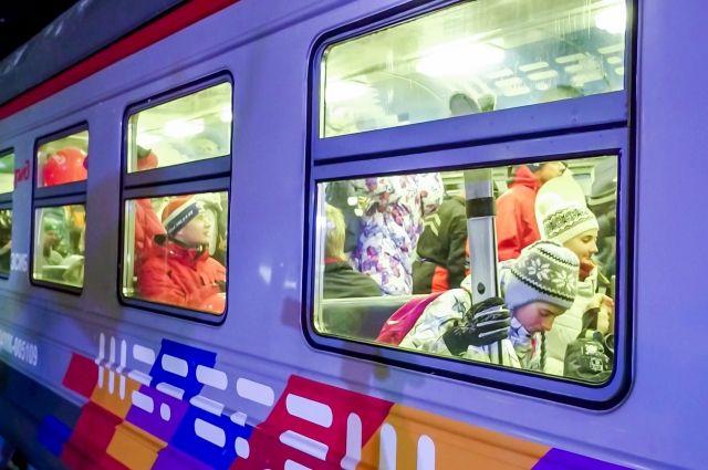 Сейчас электропоезд из Новокузнецка до станции Чугунаш ходит по выходным и праздничным дням.