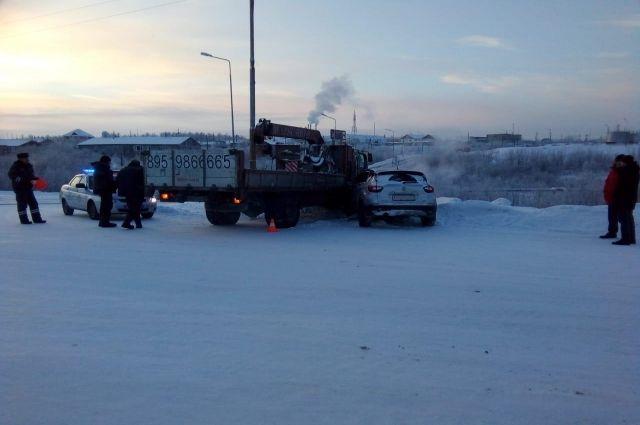 Сводка ГИБДД: 27 ноября на Ямале произошли семь ДТП