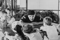 Юрий Потурнак: «Уделите 40 минут в день своим детям - это ничто по сравнению с тем, что вам потом придётся исправлять с помощью психологов».