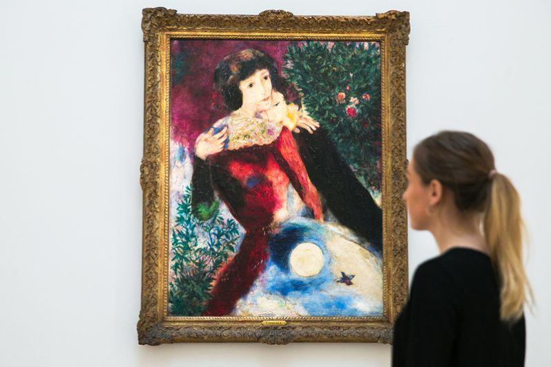 «Влюбленные» (1928), Марк Шагал. В 2017 году на торгах Sotheby's картину продали за 28,5 млн долларов.