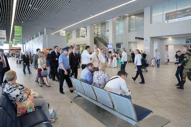 В калининградском аэропорту готовятся встретить двухмиллионного пассажира.
