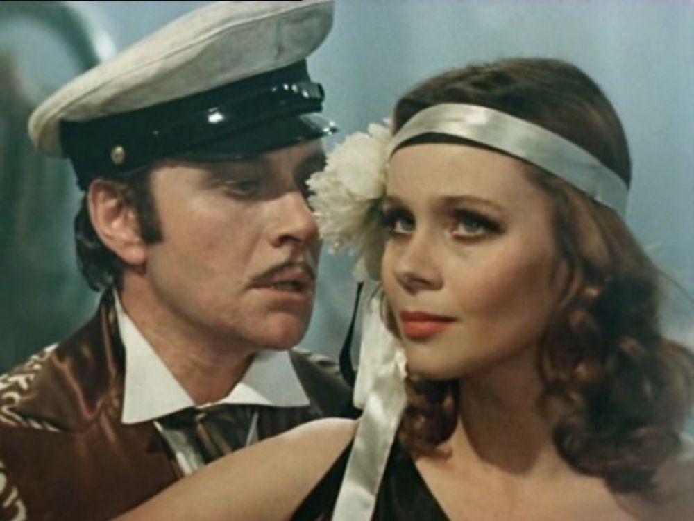 """""""Все мои роли для меня - как дети. Ни одна не далась мне легко. Мне вообще в жизни ничего не давалось легко"""" - много позже вспоминала Полищук. Роль танцующей танго девушки еще в 1976 году обратила на Любовь Полищук внимание режиссеров."""