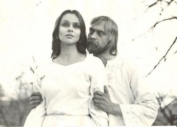 В 1979 у Любови Полищук состоялась первая крупная роль в кино - в драматическом фильме