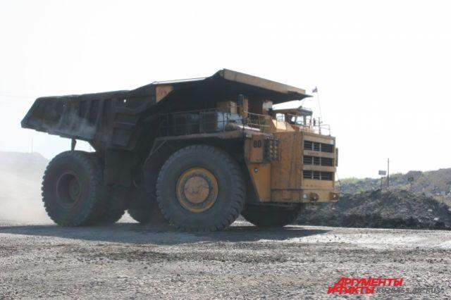 Экономика Кузбасса продолжит движение на могучих колесах «БелАЗов».