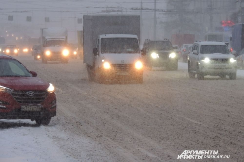 Ленинградская площадь. Усиление снегопада.