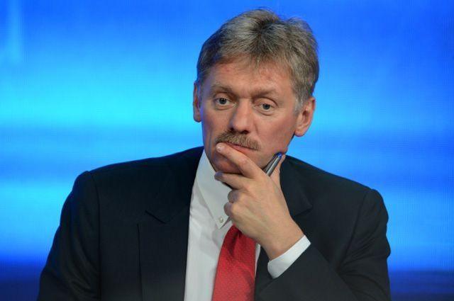 Песков отреагировал на призывы Порошенко разместить корабли НАТО в Азове