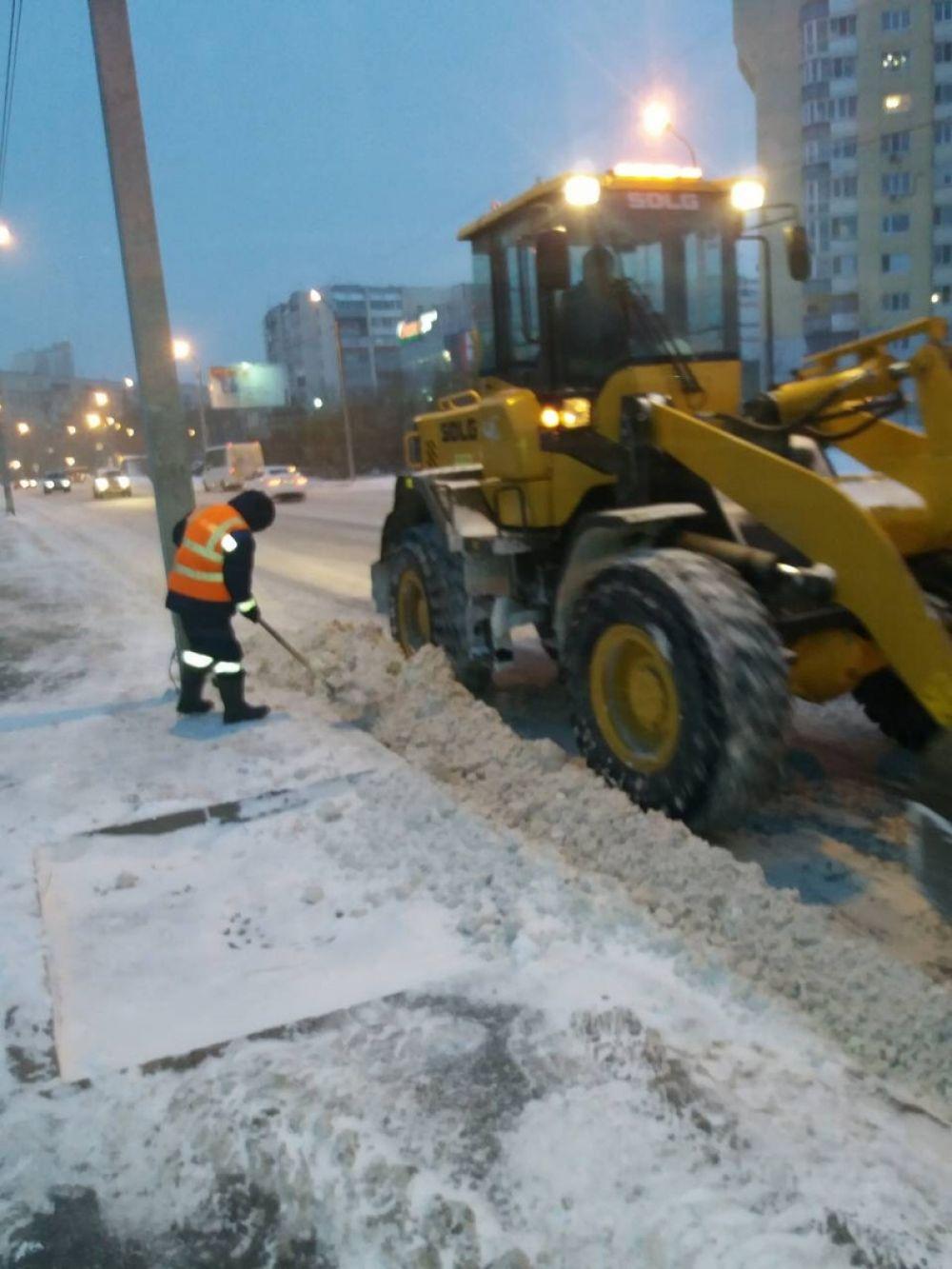 Уборка снега в Тюмени, 2018.