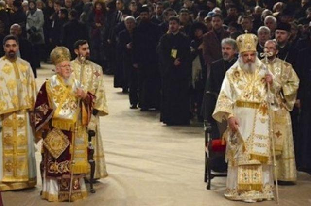 Вселенский патриархат на Синоде утвердил Томос для Украины