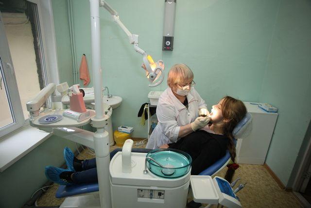 Активнее всего коммерсанты продвигают стоматологические услуги населению.