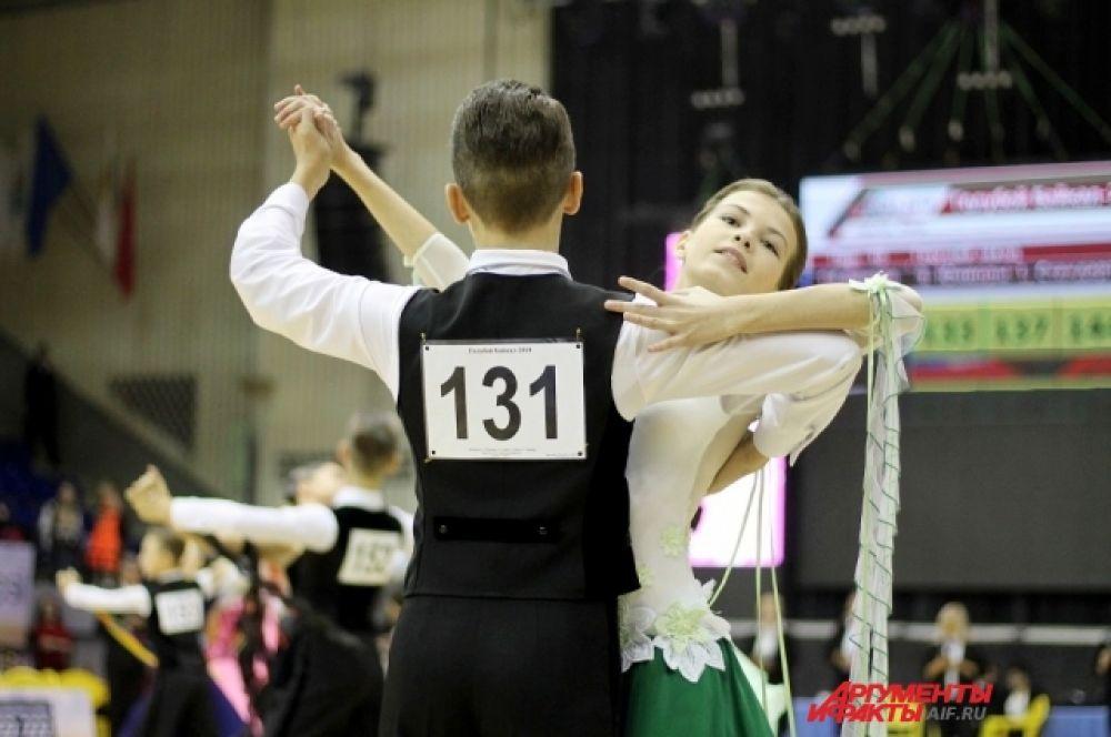 У танцевального спорта большое будущее. Участники тратят свободное время, чтобы научиться красиво двигаться и завораживать публику.