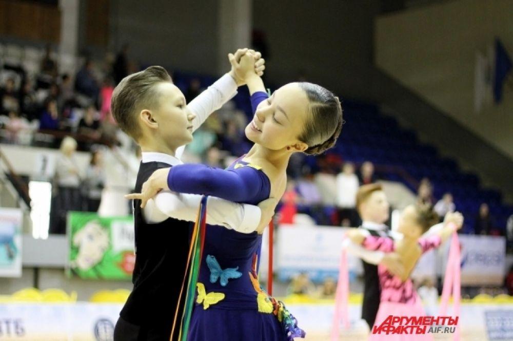 Танцы дисциплинируют и стройнят фигуру. Об этом говорят сами спортсмены.